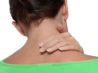 Боль в шее сзади