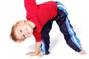 Лечебный план при детском Артрозе составляет только опытный доктор, скрупулезно подбирая каждый вид лечения